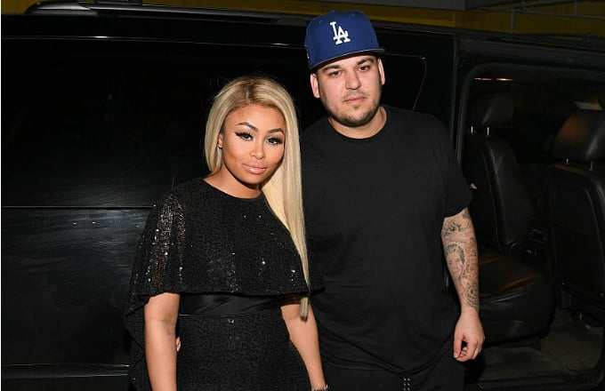 blac-chyna-rob-kardashian-outside